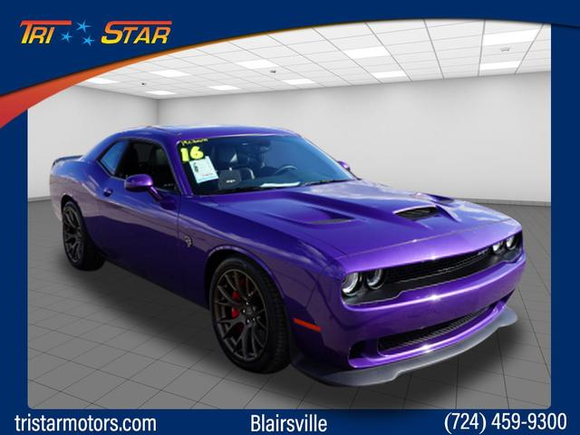 Pre-Owned 2016 Dodge Challenger SRT